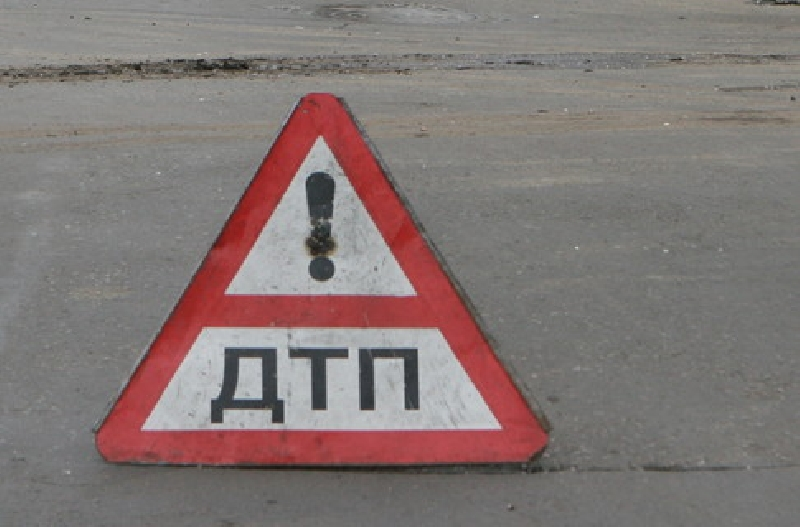 В Рубцовске на пешеходном переходе по ул. Алтайской водитель жигулей сбил мужчину с четырёхлетним ребёнком